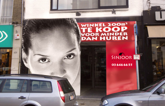 banners etalage sticker Sinjoor immobilien door marathon advertising agency